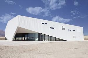 معماری سالن ورزشی موسسه ی نور مبین