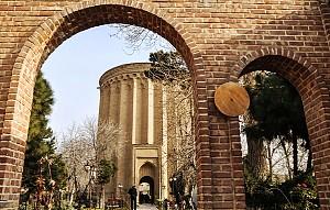 81 سال با برج طغرل، نماد تهران باستانی
