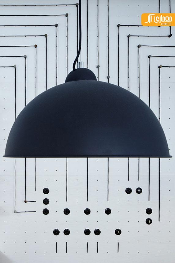 طراحی داخلی کافی شاپ پر نور و روشن پراگ