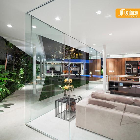 طراحی داخلی ویلا با استفاده از دیوارهای شیشه ای