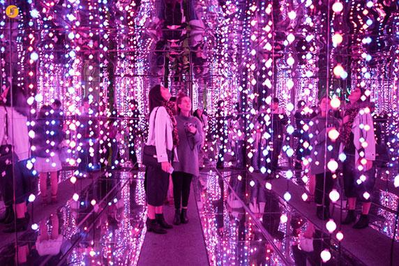 نمایشگاه سالیانه معماری و نور