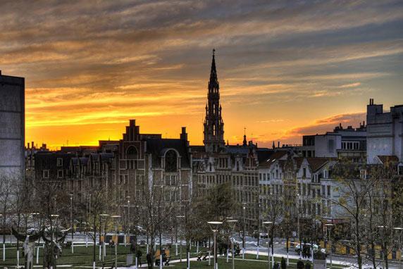 غروب خورشید در بروکسل