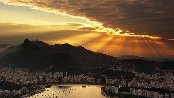 طلوع خورشید در ریو