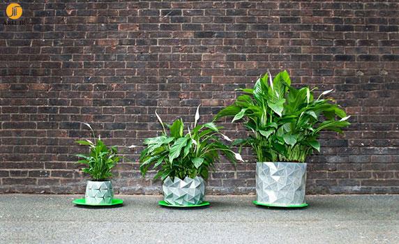 طراحی گلدان اریگامی که همراه با رشد گیاه بزرگتر می شود