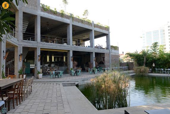 طراحی و معماری کافه رستوران big brewsky