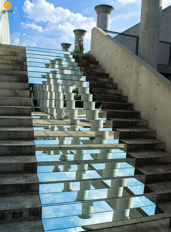تصاویر جادویی با آیینه