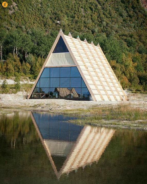 طراحی و معماری بزرگ ترین سونا دنیا در کنار ساحل