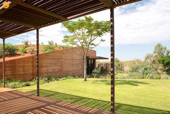 طراحی و معماری 12 خانه زیر شیب زمین
