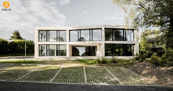 طراحی و معماری ساختمان اداری بتنی به همراه پلان