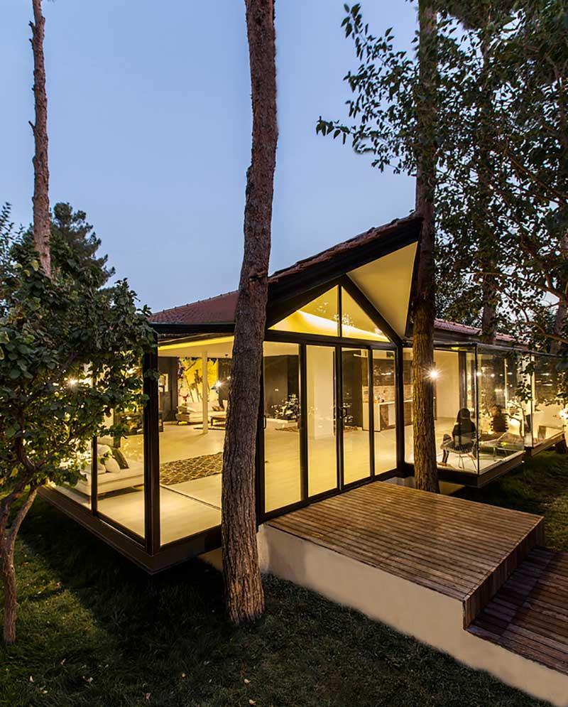 طراحی محوطه باغ ویلا و ساختمان های متفاوت: طراحی باغ و ویلا سی کاج در اصفهان