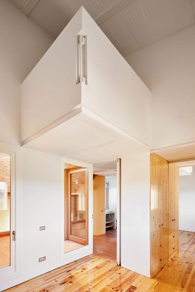 بازسازی و طراحی داخلی خانه کشاورزی