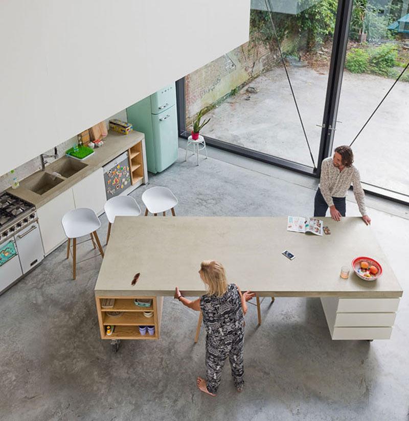طراحی آشپزخانه با جزیره متحرک