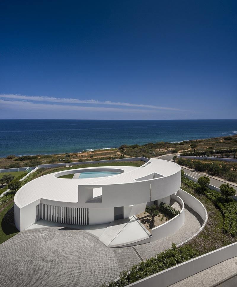 طراحی ویلای ساحلی مدرن