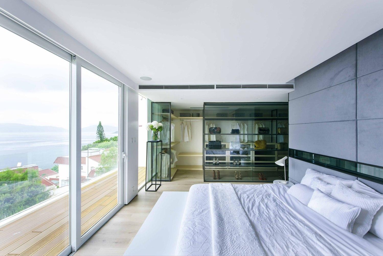 طراحی داخلی خانه با چشم اندازی به اقیانوس