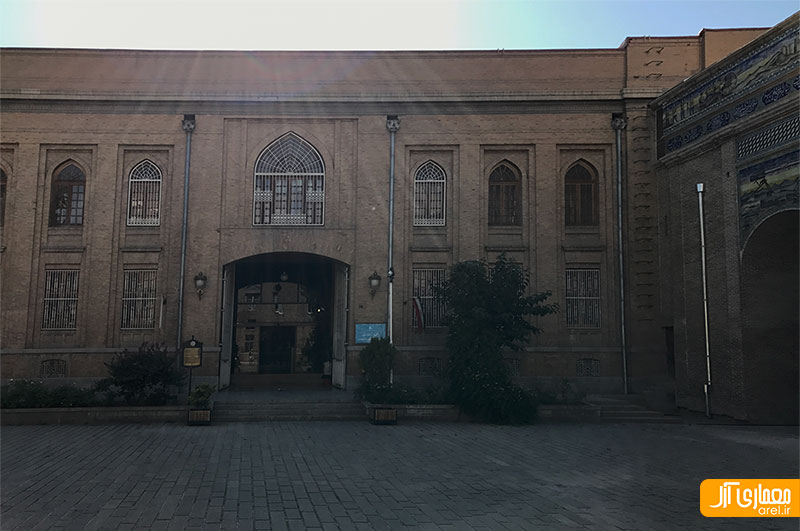 نمای ساختمان موزه ارتباطات