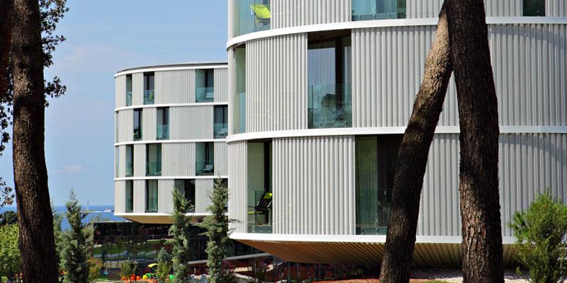 طراحی هتل با پیروی از خط ساحلی