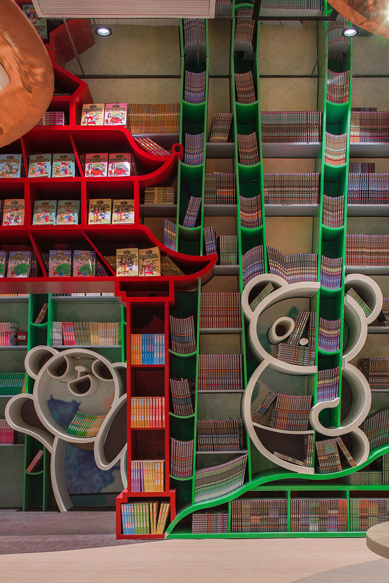 طراحی داخلی فروشگاه و شهر کتاب و خلق یک فضای ماورایی در چین