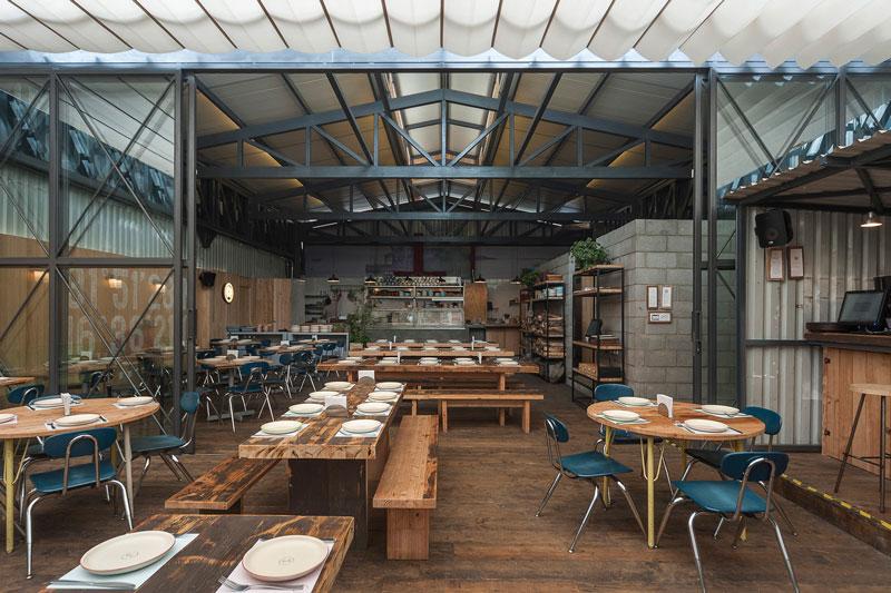 طراحی داخلی رستورانر