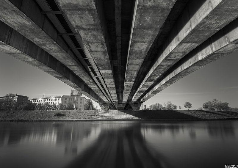 عکاسی از زیر پل