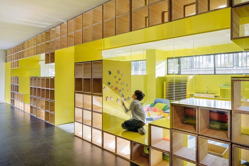 طراحی داخلی مدرسه ابتدایی خلاقانه با ویژگی های روان شناسانه
