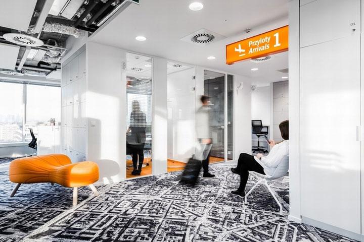 MediaCom Offices interior design%20(16) - طراحی دفتر اداری  به سبک صنعتی در اورناتتو
