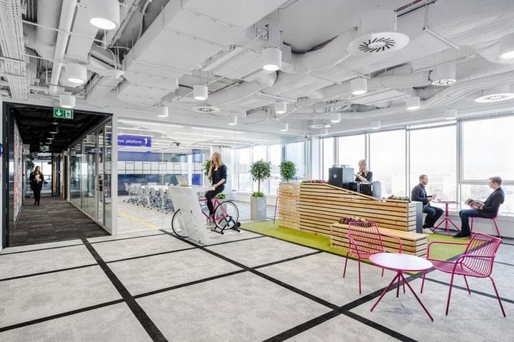 MediaCom Offices interior design%20(18) - طراحی دفتر اداری  به سبک صنعتی در اورناتتو