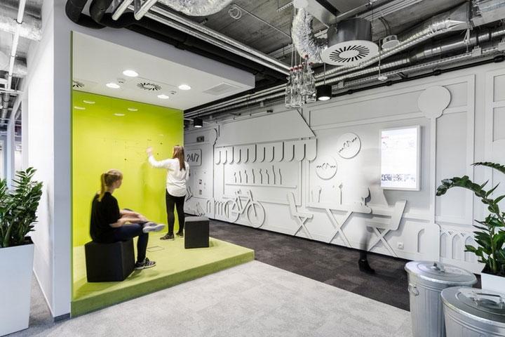 MediaCom Offices interior design%20(3) - طراحی دفتر اداری  به سبک صنعتی در اورناتتو