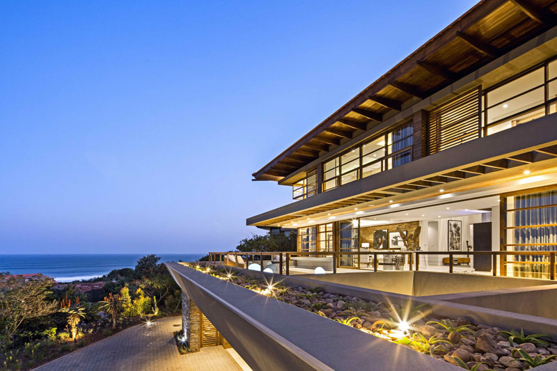ساخت و طراحی ویلا لوکس با چشم انداز بی نظیر اقیانوس