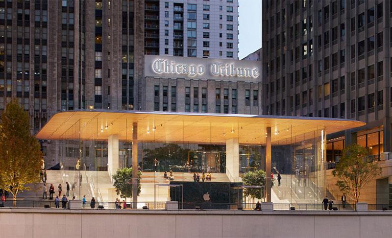 اولین معضل فروشگاه تازه تأسیس اپل در شیکاگو توسط نورمن فاستر