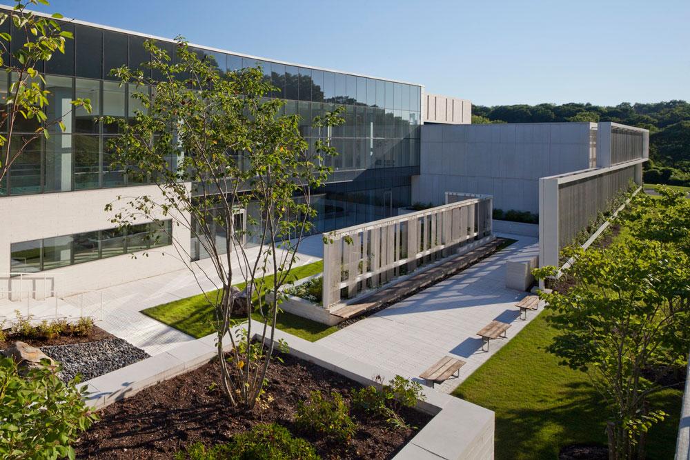طراحی و ساخت بیمارستان