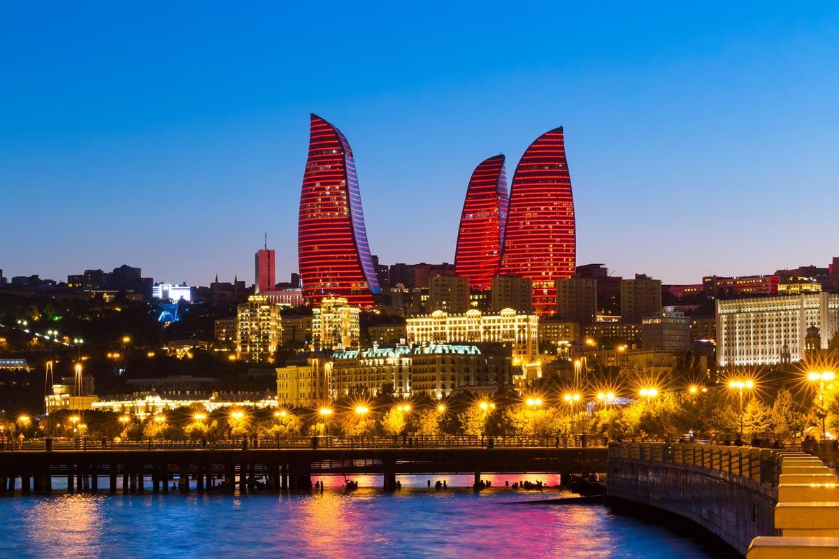 برج های شعله در باکو