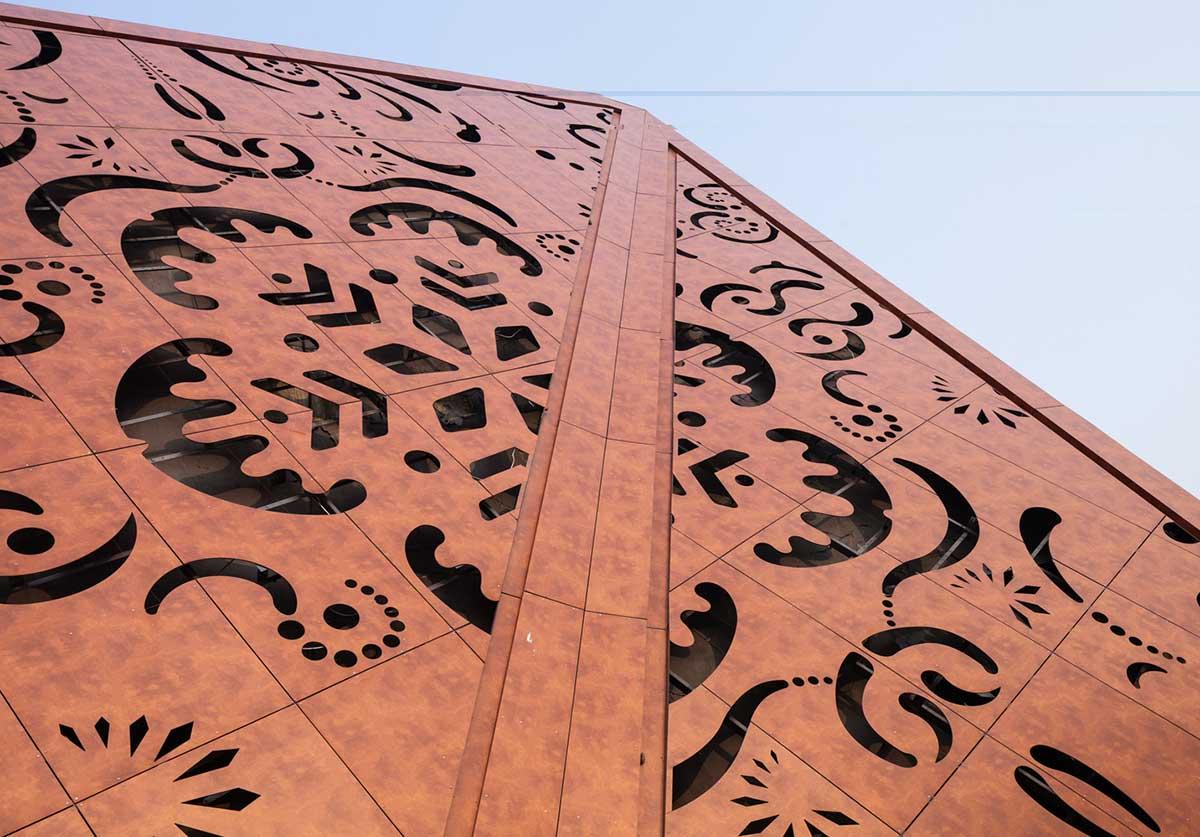 طراحی مرکز هنری و فناوری