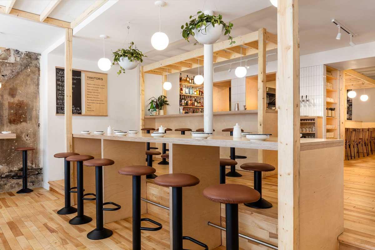 استفاده از چوب در طراحی داخلی رستوران