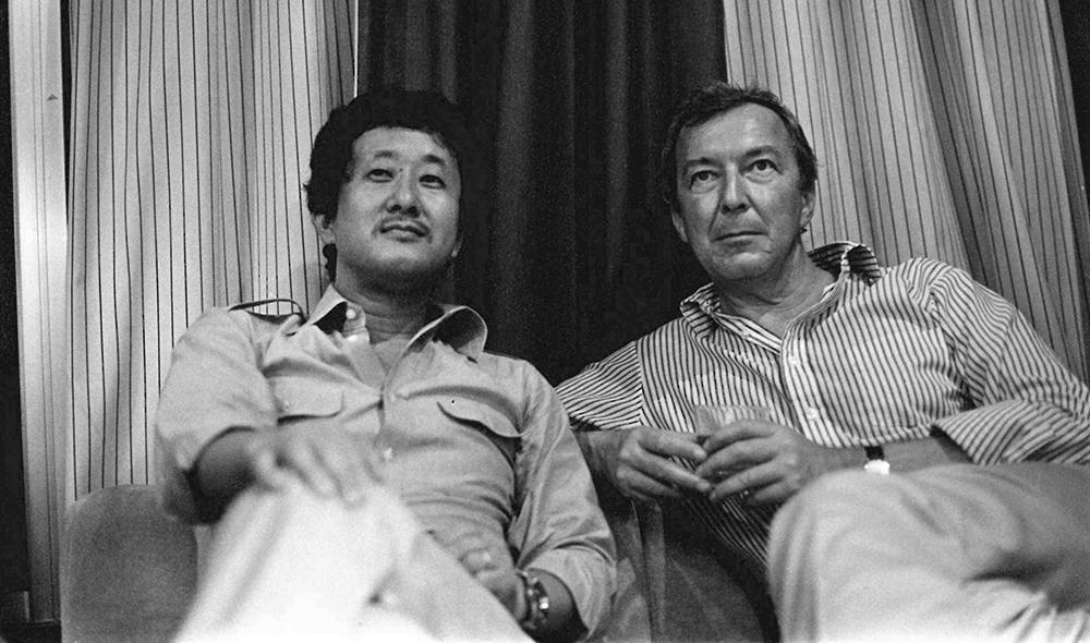 ایسوزاکی و جاسپر جونز