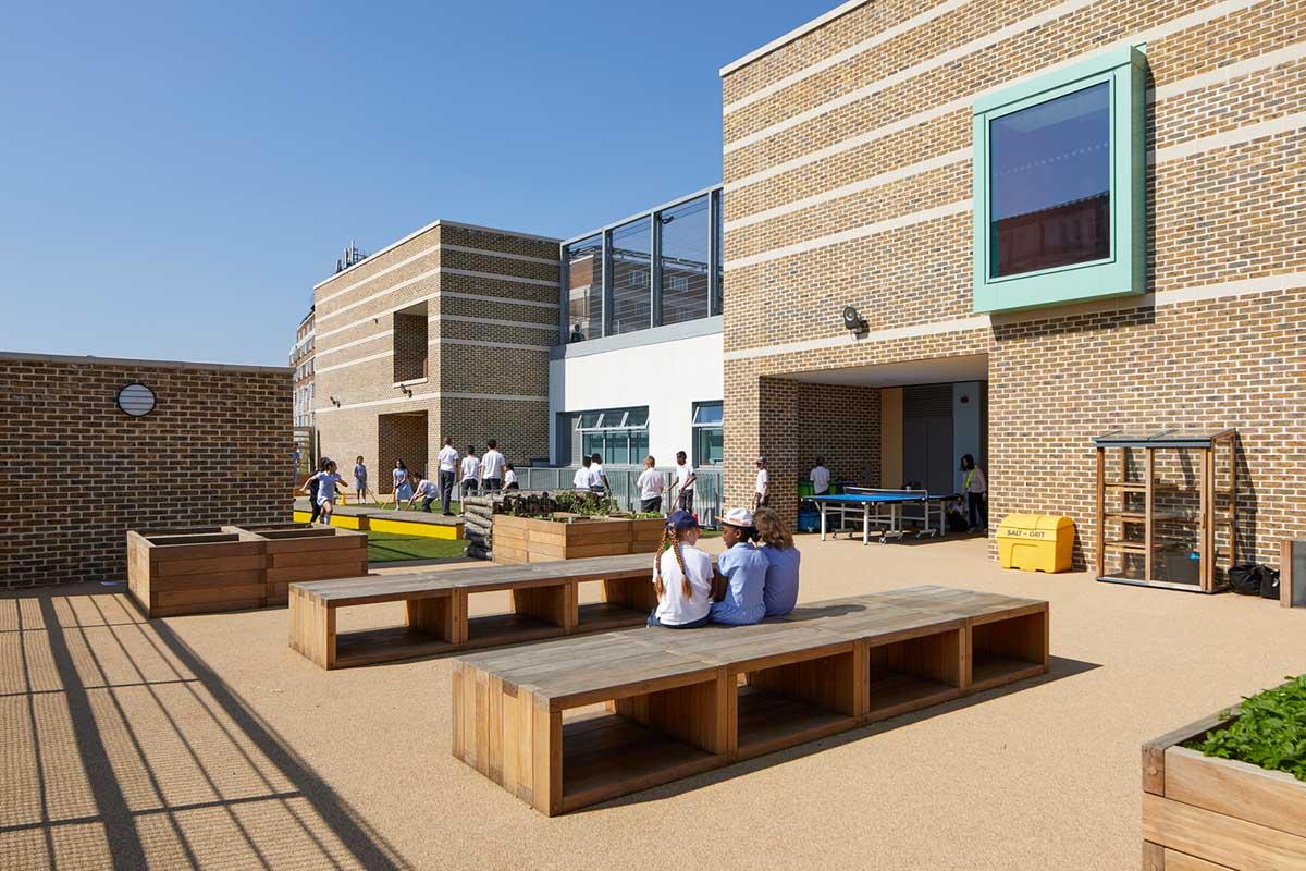 طراحی محوطه مدرسه ابتدای