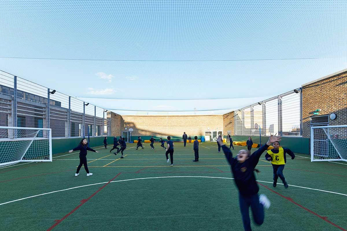 طراحی زمین بازی مدرسه