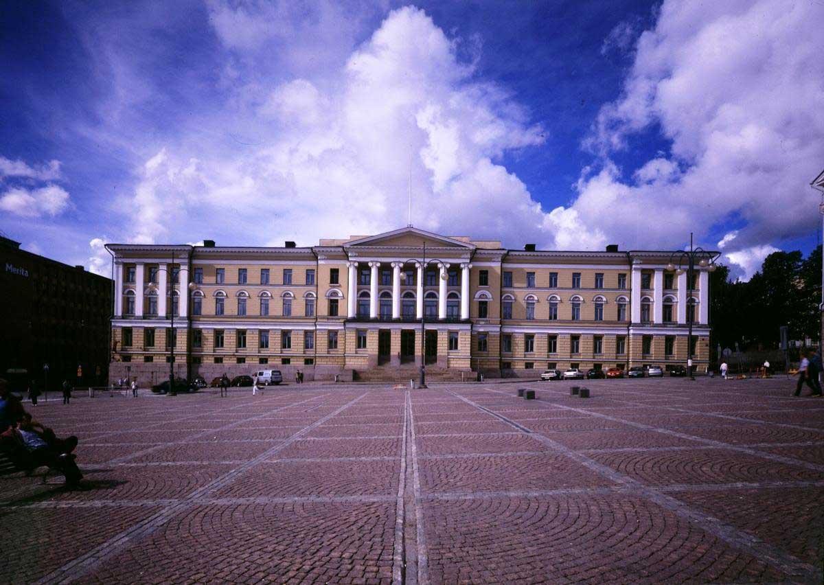 دانشگاه های برتر جهان با ساختمان های کلاسیک