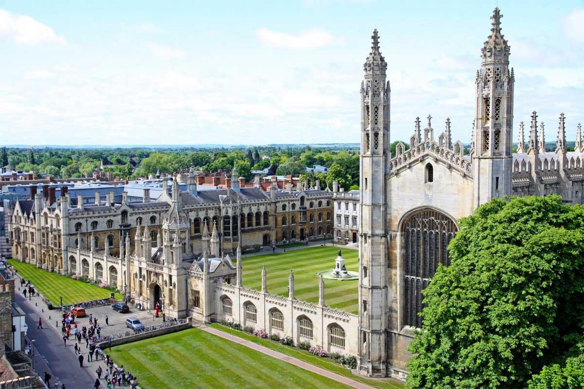 طراحی ساختمان آموزشی با نمای کلاسیک
