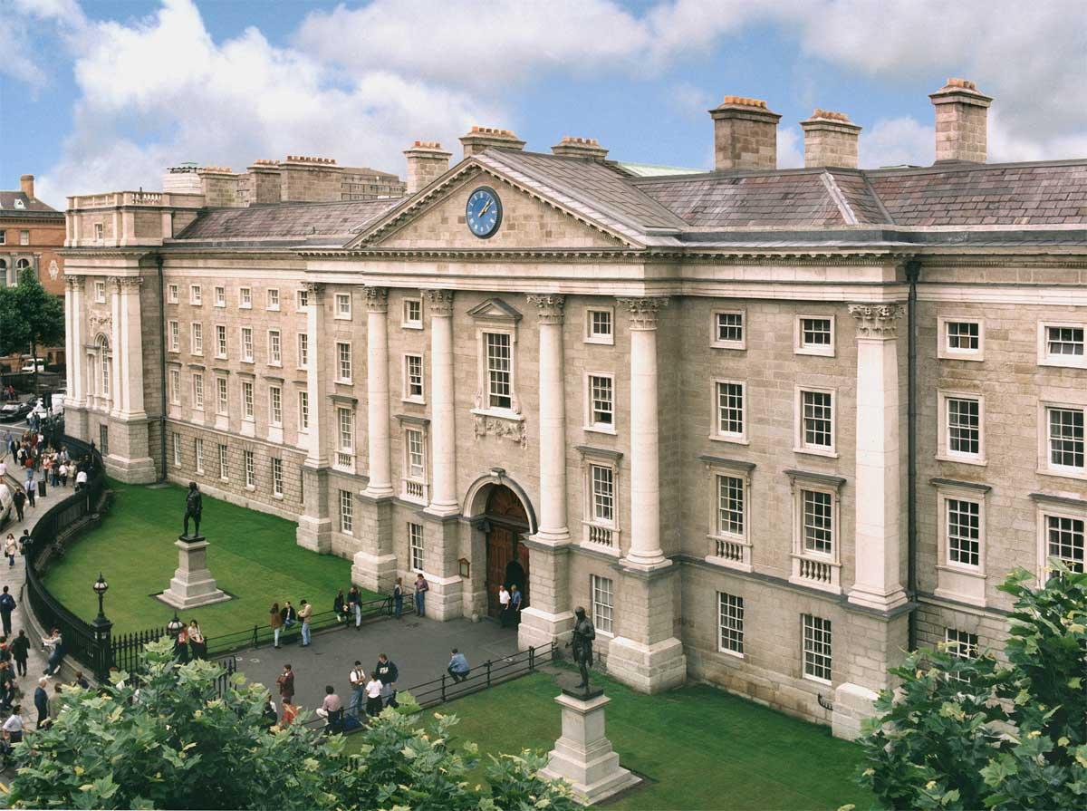 20 دانشگاه برتر جهان با ساختمان های کلاسیک