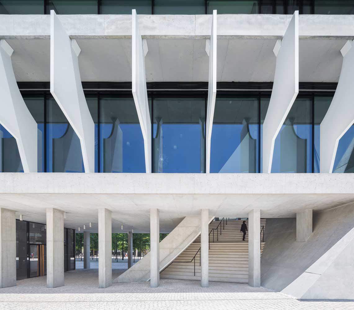 طراحی نمای متحرک ساختمان