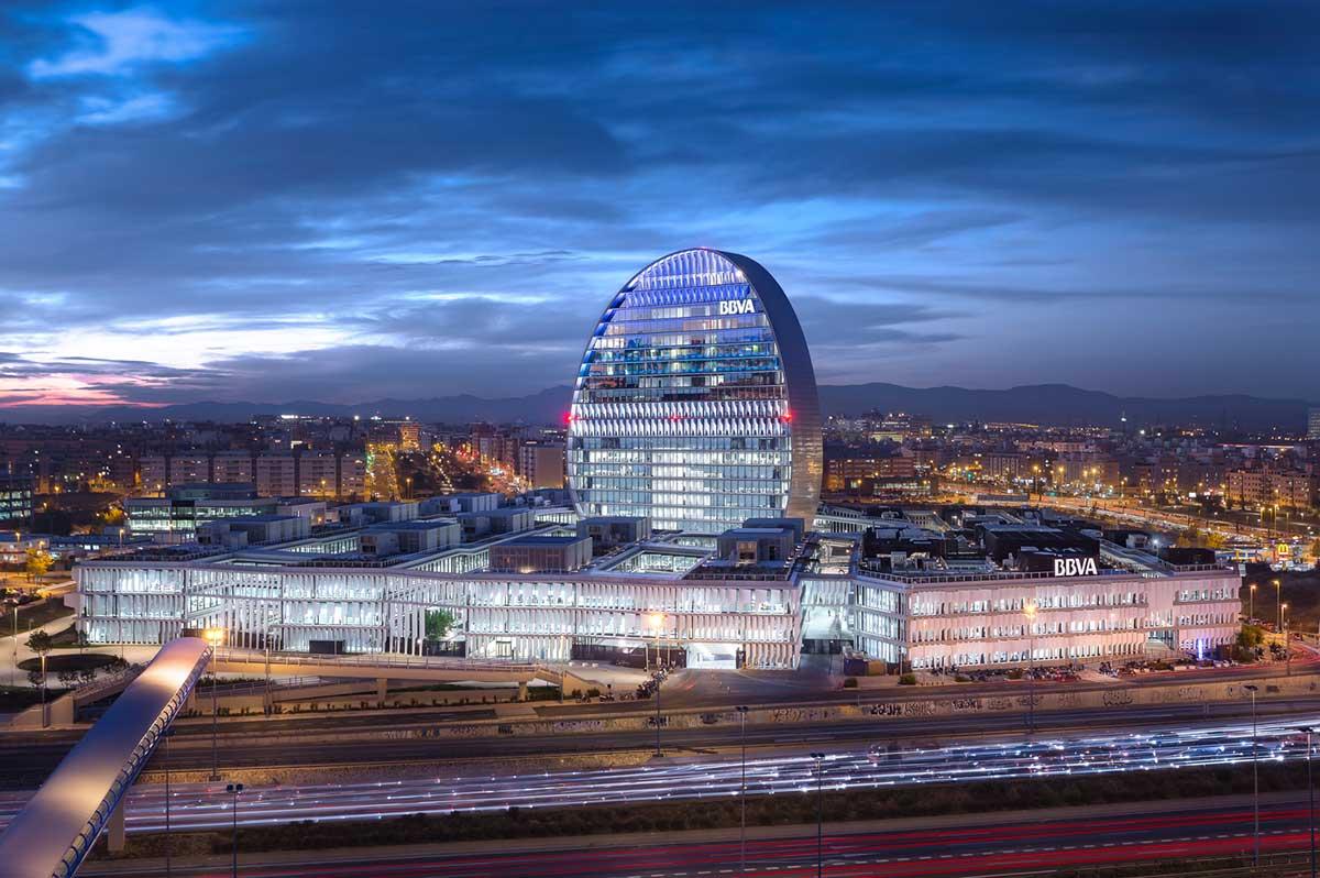 طراحی ساختمان صدا و سیمای اسپانیا