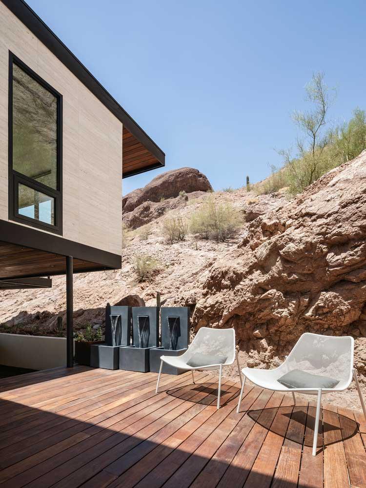 طراحی ویلای دوبلکس صخره ای