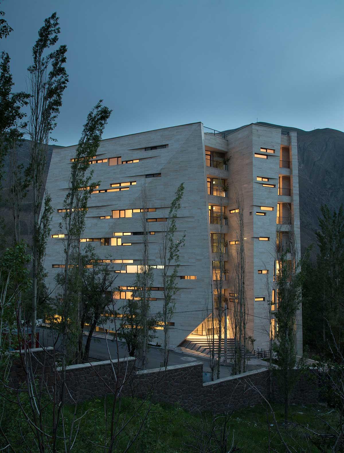 طراحی نمای ساختمان مسکونی میگون