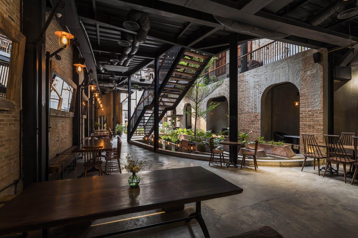 طراحی رستوران با متریال ساده