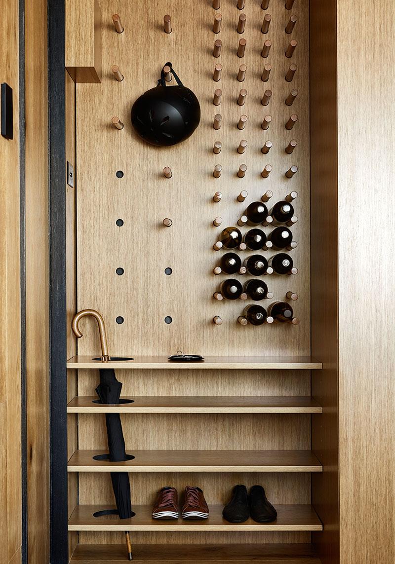 طراحی قفسه ورودی