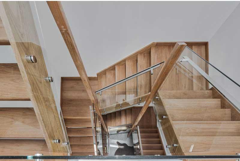 طراحی پله چوبی