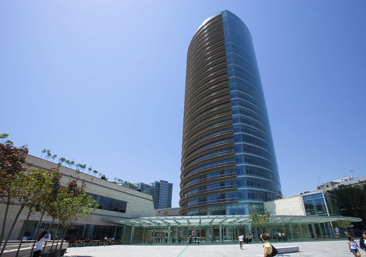 معماری و طراحی داخلی مجتمع تجاری چندمنظوره کنیون در استانبول