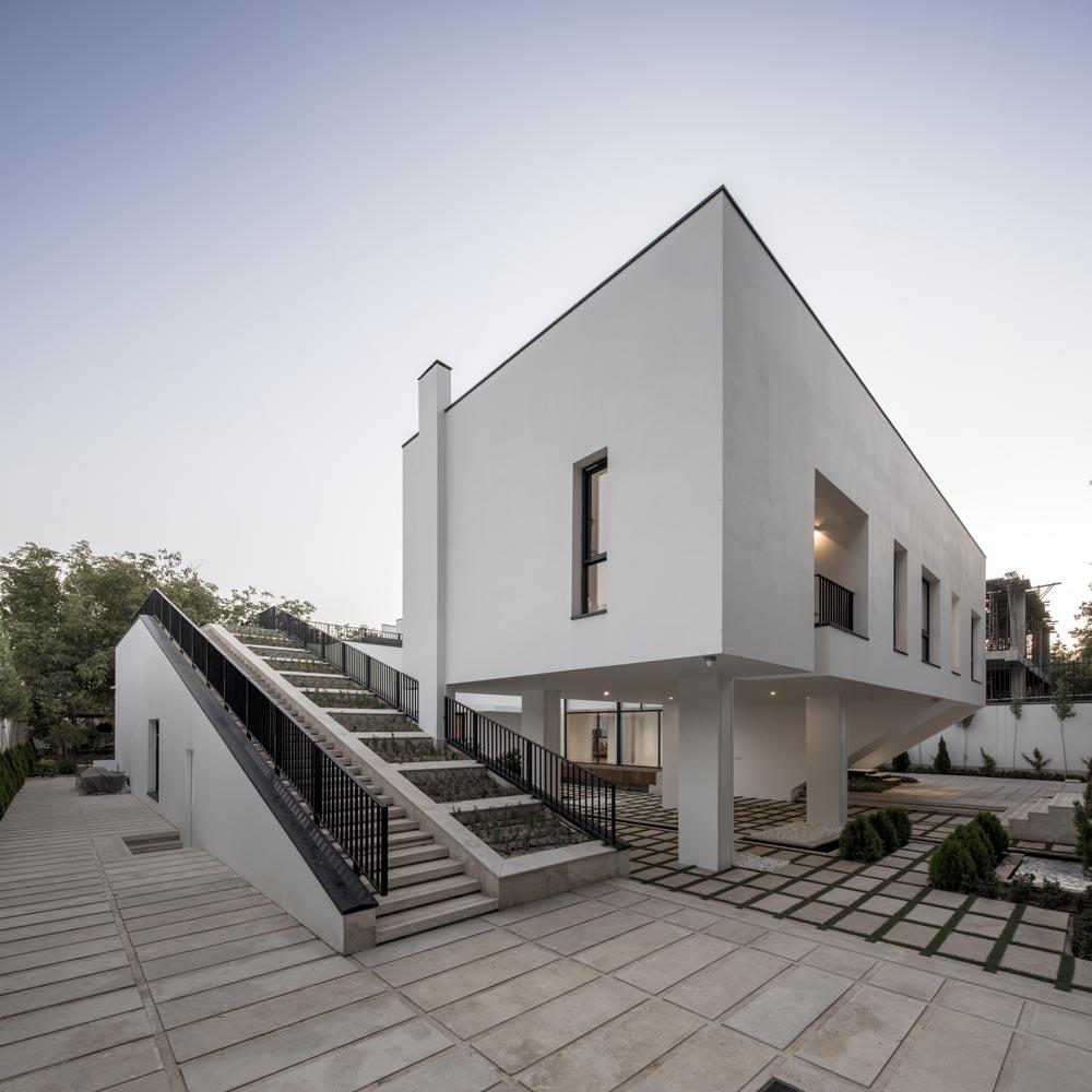 [تصویر:  Parseh-Gard-Villa-arel(2).jpg]