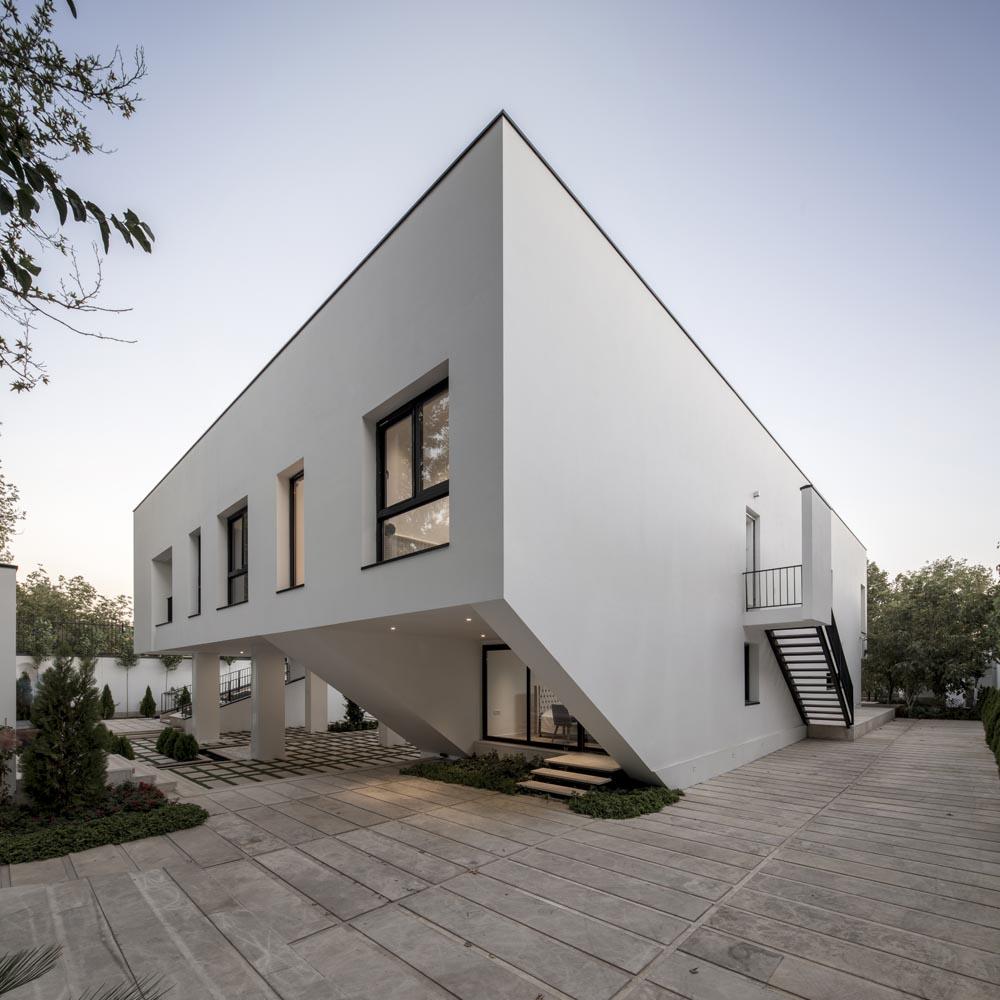 [تصویر:  Parseh-Gard-Villa-arel(3).jpg]