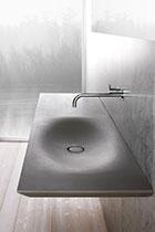 طراحی سینک رو شویی به سبک مینمال، کاری از Luca Martorano